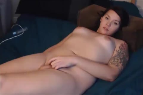 young tranny Sucks Her Own 10-Pounder And Dildoing